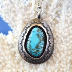 Jewelry - Vintage Navajo Turquoise Shadowbox Necklace